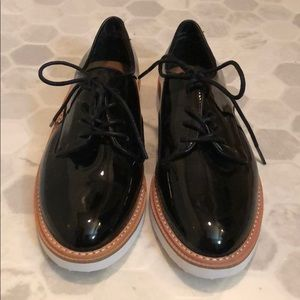🌟3 for $15🌟 Patent lace up shoes